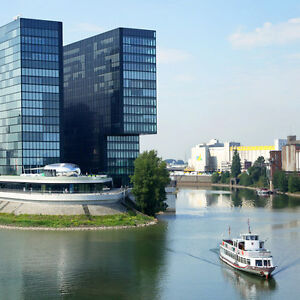 3-Day-City-Trip-Dusseldorf-4-Hotel-Park-Inn-Holiday-Rhine