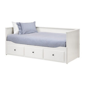 IKEA HEMNES Daybed frame with 3 drawers, white