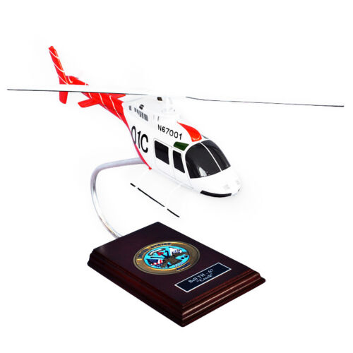 """Helicopter US Army Bell TH-67 Creek  14.75""""  Wooden Model Aircraft"""