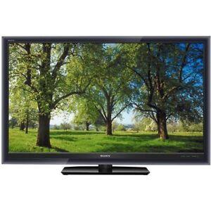 """She's a beauty!  Sony 52"""" KDL-52W5100 full HD LCD TV for Sale"""