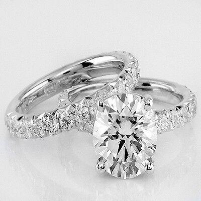 Beautiful 2.10 Ct. Round Cut Diamond Bridal Set G, VS2 14k White GIA certified