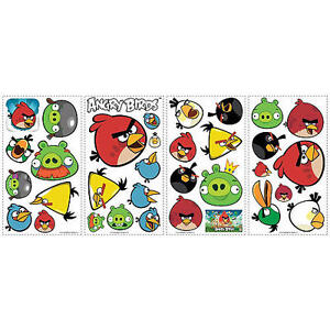 Angry Birds comforter with matching curtains and decals Gatineau Ottawa / Gatineau Area image 2