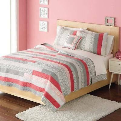 NEW Home Classics Statement Collection Haley Quilt size Full/Queen