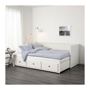 IKEA Hemnes daybed with 3 drawers / 2 mattresses, white