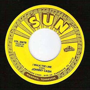 JOHNNY-CASH-I-Walk-The-Line-7-034