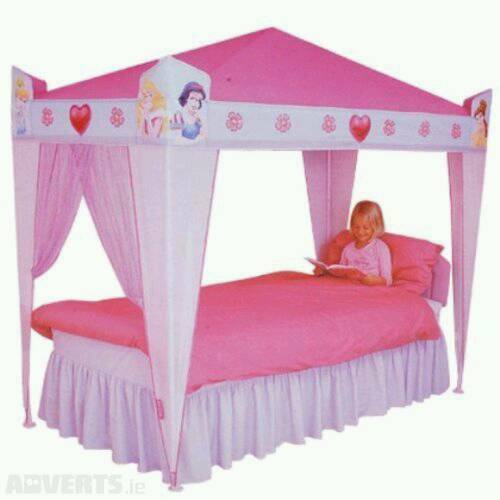 How To Use A Four Poster Bed Canopy To Good Effect: Disney Princess Four Poster Bed Canopy