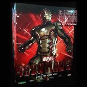 1/6 Scale Iron Man