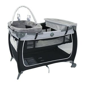 Safety 1st Playard with Newborn Napping and Change Station