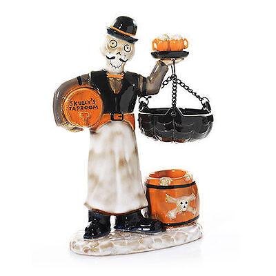 YANKEE CANDLE 2015 LAST CALL BARTENDER SKULLY'S TAPROOM TART WARMER HALLOWEEN](Skully's Halloween)