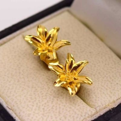 - Stunning New 24k Yellow Gold Filled 15mm Lily Flower Stud Post Earrings