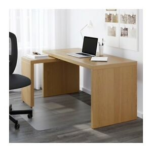 DESK WITH PULL OUT