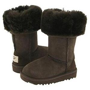ugg boots Classic Mini svart