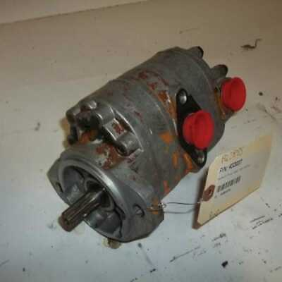 Used Hydraulic Pump Case 1845s 1845 1835b 1845b D71203
