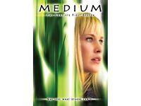 DVD MEDIUM BOXSETS 1 - 4