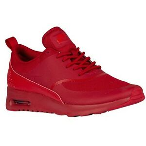 Red air max thea