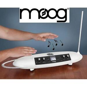 NEW MOOG THEREMINI THEREMIN WHITE - MUSIC MUSICAL INSTRUMENT STUDIO SOUND STAGE 102502296