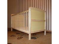cot / junior bed