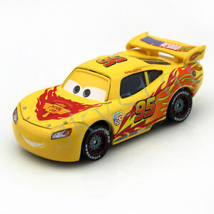 original rare mattel disney pixar cars jaune lightning mcqueen voiture jouet ebay. Black Bedroom Furniture Sets. Home Design Ideas