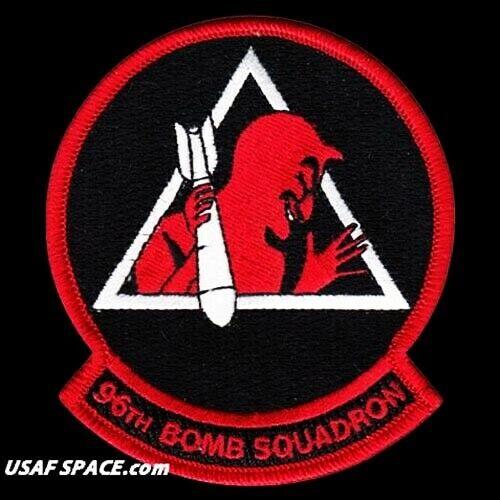 USAF 96TH BOMB SQUADRON -B-52- BARKSDALE AFB, LA- ORIGINAL - AIR FORCE VEL PATCH
