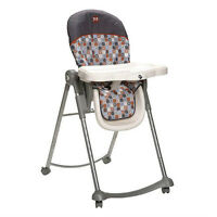 Safety 1st AdapTable High Chair in Cosmos Storm