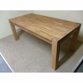 Brand new dining table still packaged no time wasters £375