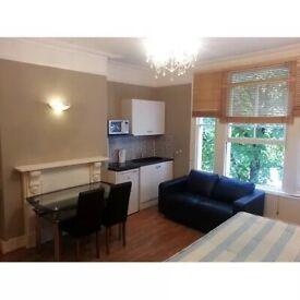 Studio To Rent Hammersmith Grove, London W6 7HB