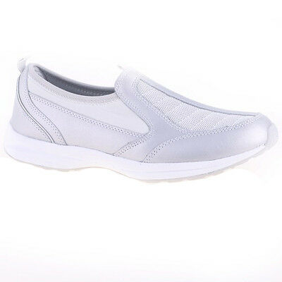 (Women's Easy Spirit PIERS Silver Athletic(Wide)Slip-On Walking Clogs Shoes)