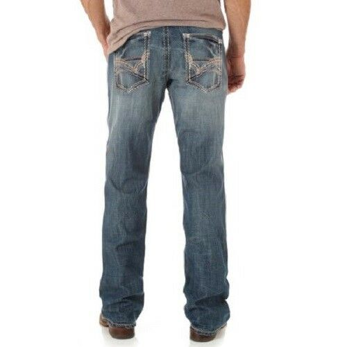 Wrangler Rock 47 >> Men S Nwt Wrangler Rock 47 Medium Wash Mid Rise Slim Fit Boot Cut Jeans Mrb47ly