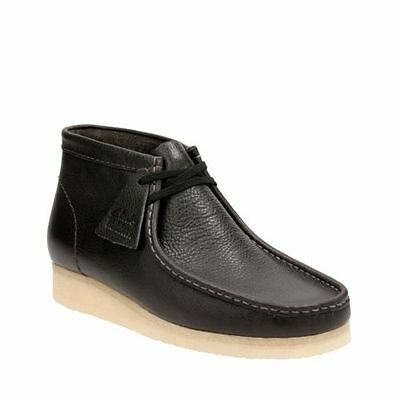 Clarks Originals Men's Wallabee Boot Charcoal Leather 26125542 ()