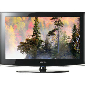 "Samsung 32"" 1080 HD LCD TV works perfect"