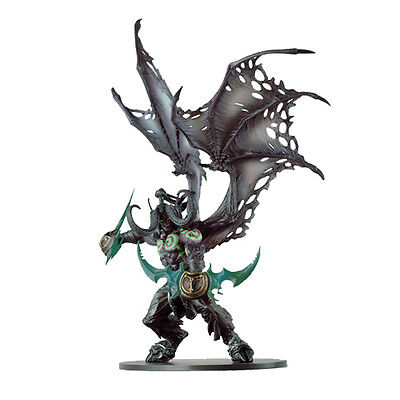 World of Warcraft WOW Deluxe Collector Figure: Illidan (Demon Form) Model