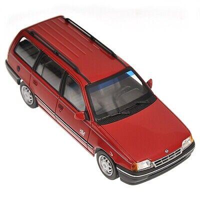 1:43 Opel Kadett Caravan 1989 1/43 • Minichamps 400045910
