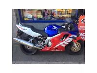HONDA CBR 600 FY 2000 RED, BLUE & WHITE MOTORBIKE
