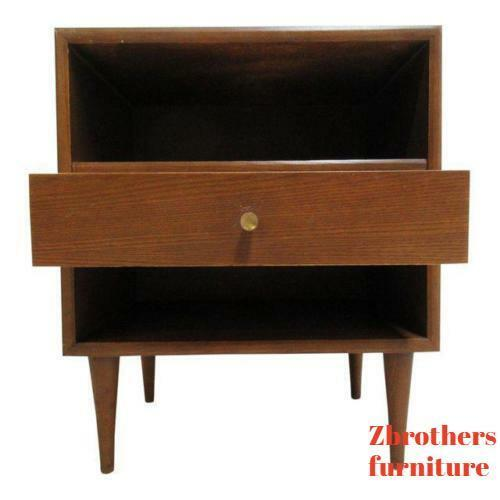 Vintage Danish Modern Low Slung Walnut Lamp End Table Night Stand A