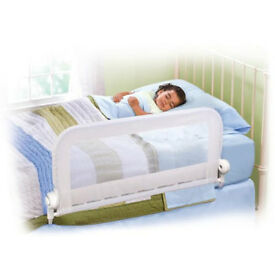 Summer Infant bed guards – 2 matching, white colour