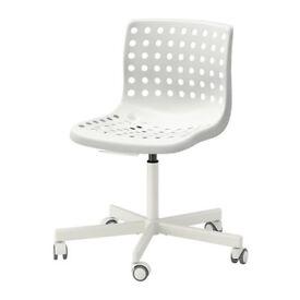 2 IKEA Swivel chairs SKÅLBERG/SPORREN White — Brand new, £10 each!