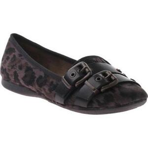 Ladies Ballet (Brand new)- Leather Flat- Size 9.5