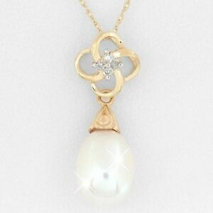 Ladies Diamond and Pearl Necklace