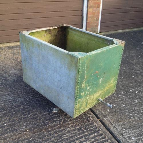 Metal Water Tank Ebay