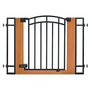 Extendable Wood & Metal Baby Gate