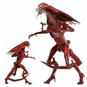 Aliens Red Queen Mother Ultra Deluxe Action Figure at JJ Sports London Ontario image 2