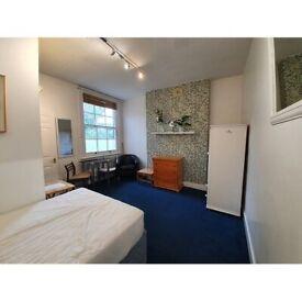 Studio To Rent Goodwin Road, Shepherds Bush,London W12 9JN