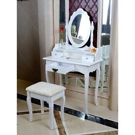Classy elegant dressing table, stool and mirror used for only one day for Film shoot