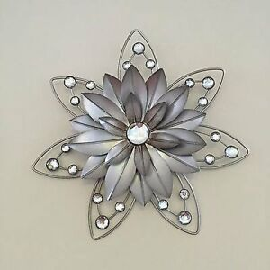Stunning 30cm flower jewelled 3d metal wall art decor for Metal flower wall art