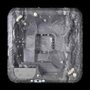 LAZBOY SALT WATER HOT TUB. BLACK FRIDAY CLEARANCE Peterborough Peterborough Area image 3