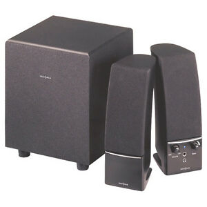 Insignia 2.0 Stereo Computer Speakers and Woofer 3 pcSet