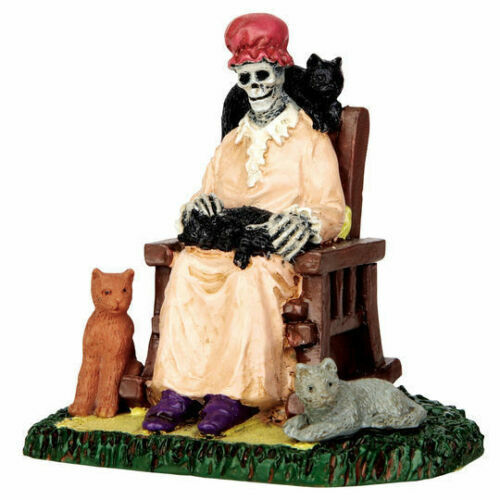 Lemax Spooky Town  Former Cat Lady Halloween 62428