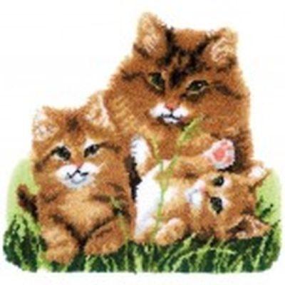 Vervaco Knüpfteppich Tiermotiv   Katzenfamilie 70x66 cm  KKPN0165638