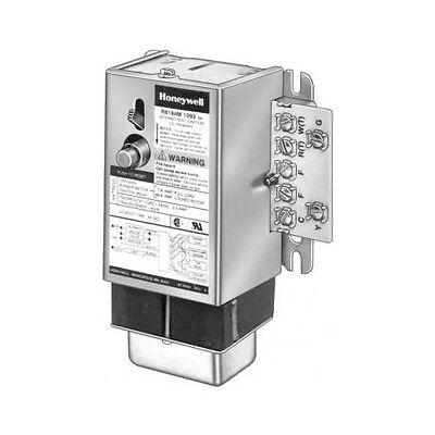 Honeywell R8184m1051 Protectorelay Oil Burner Control With Transformer