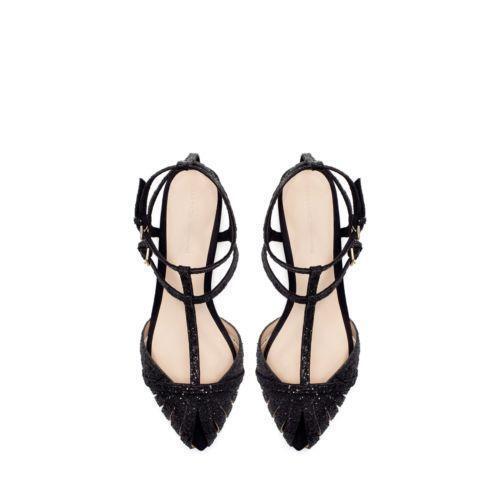 2a4c60cd4c0d5 Zara Flat Sandals